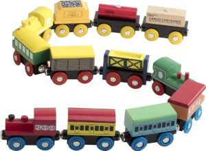 Play22 12pcs wooden trains connected together